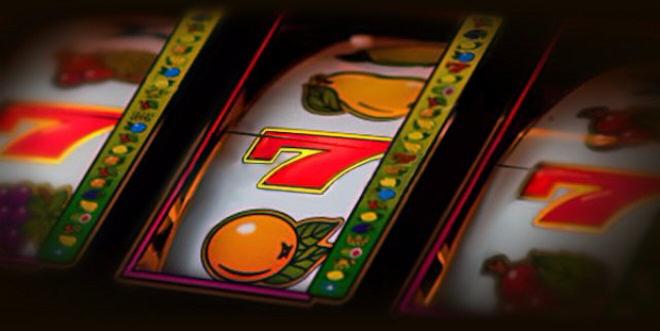 Как быстро и просто заработать денег  в автоматах казино Вулкан?
